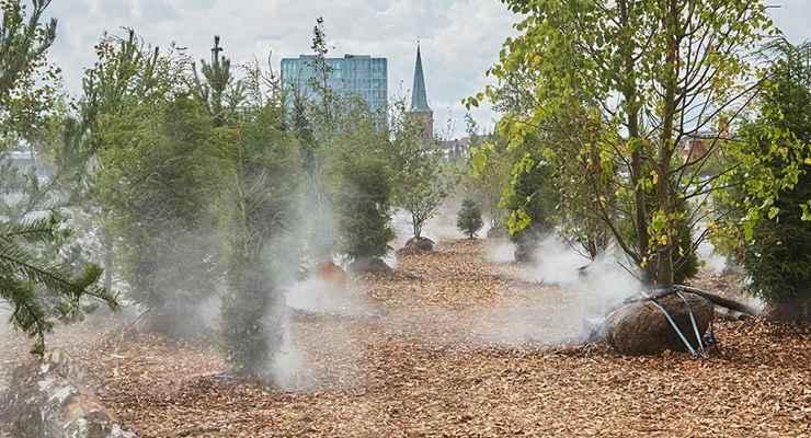 Fine spray skaber kunstig tågeskov til Aarhus Festuge